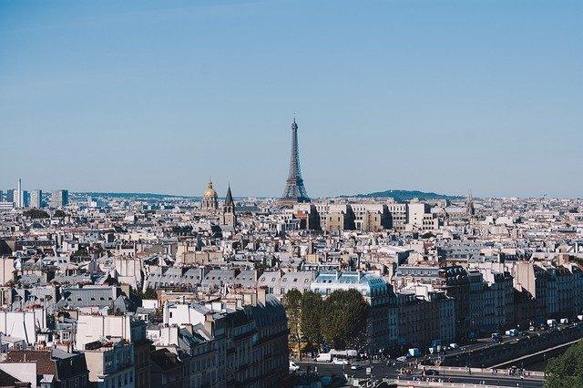 výhled na eiffelovu věž